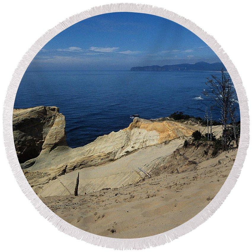 Beach Round Beach Towel featuring the photograph Kiwanda Beach by Sharon Elliott