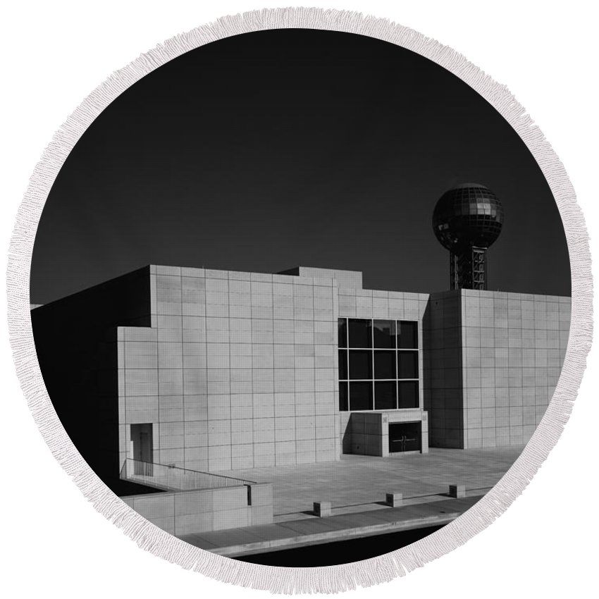 Knoxville Round Beach Towel featuring the photograph Knoxville Museum Of Art by Mountain Dreams