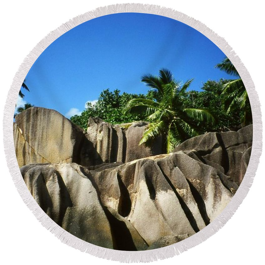 Ocean Round Beach Towel featuring the photograph La Digue Island - Seychelles by Juergen Weiss