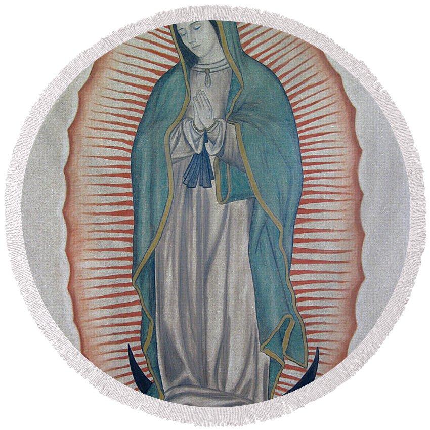 Virgen De Guadalupe Round Beach Towel featuring the painting La Virgen De Guadalupe by Lynet McDonald