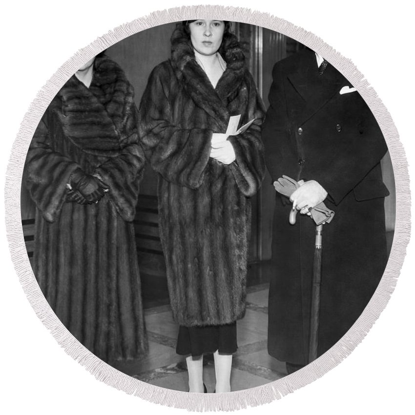 1934 Round Beach Towel featuring the photograph Lady Furness Assist In Custody by Underwood Archives