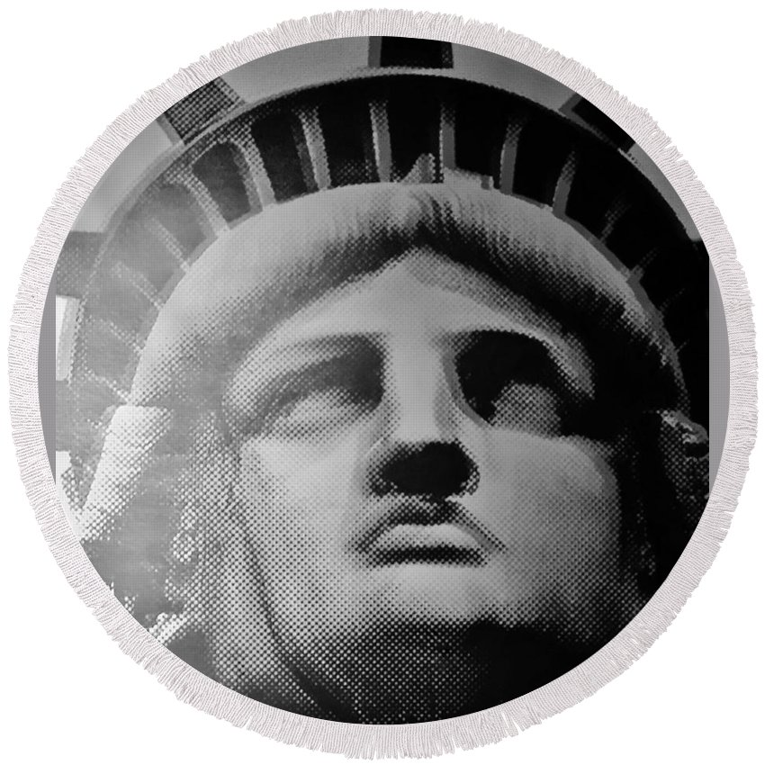 Statue Of Liberty Round Beach Towel featuring the photograph Lady Liberty In Black And White1 by Rob Hans