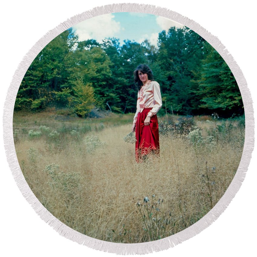 Model Round Beach Towel featuring the photograph Lady Standing In Grass 2 by Rich Walter