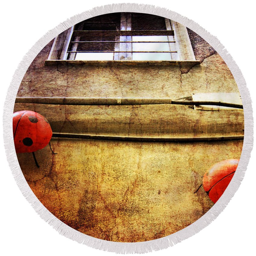 Ladybird Round Beach Towel featuring the photograph Ladybugs by Justyna JBJart