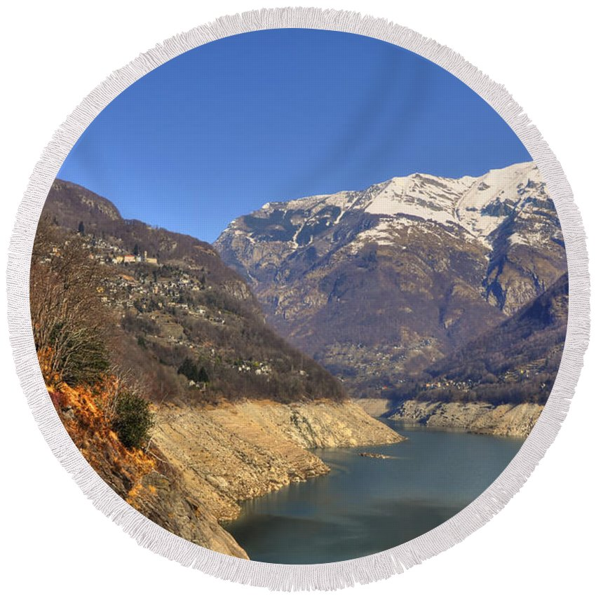 Lake Round Beach Towel featuring the photograph Lake And Snow-capped Mountain by Mats Silvan
