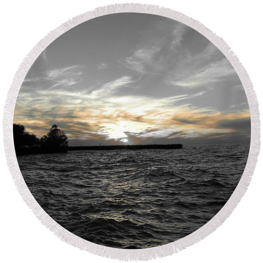 Lake Erie Round Beach Towel featuring the photograph Lake Erie Lights by Michael Krek