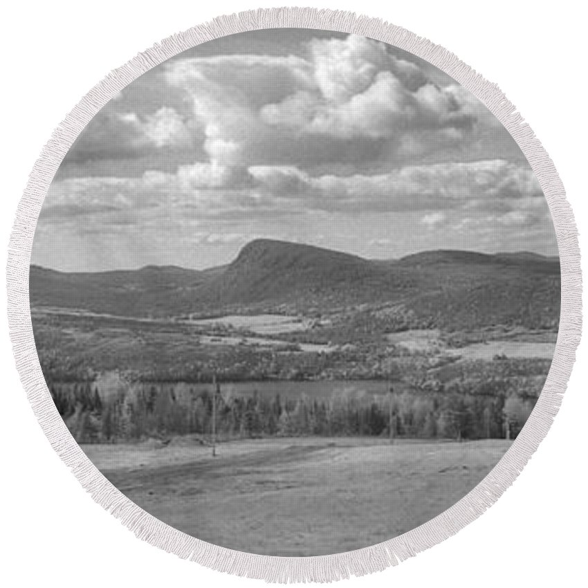 Lake Willoughby Round Beach Towel featuring the photograph Lake Willoughby Vermont by Richard Rizzo