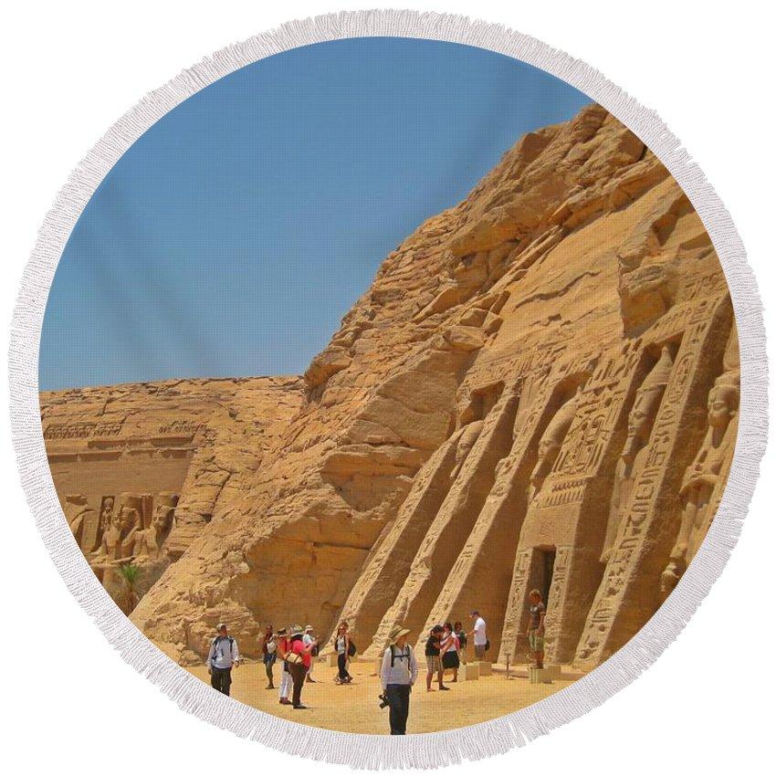 Land Of The Pharaohs Round Beach Towel featuring the photograph Land Of The Pharaohs by John Malone