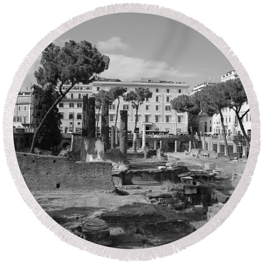 Roma Round Beach Towel featuring the photograph Largo Di Torre - Roma by Dany Lison