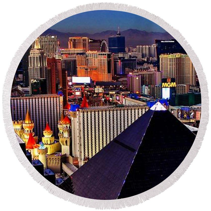 Las Vegas Round Beach Towel featuring the photograph Las Vegas Sundown by Benjamin Yeager
