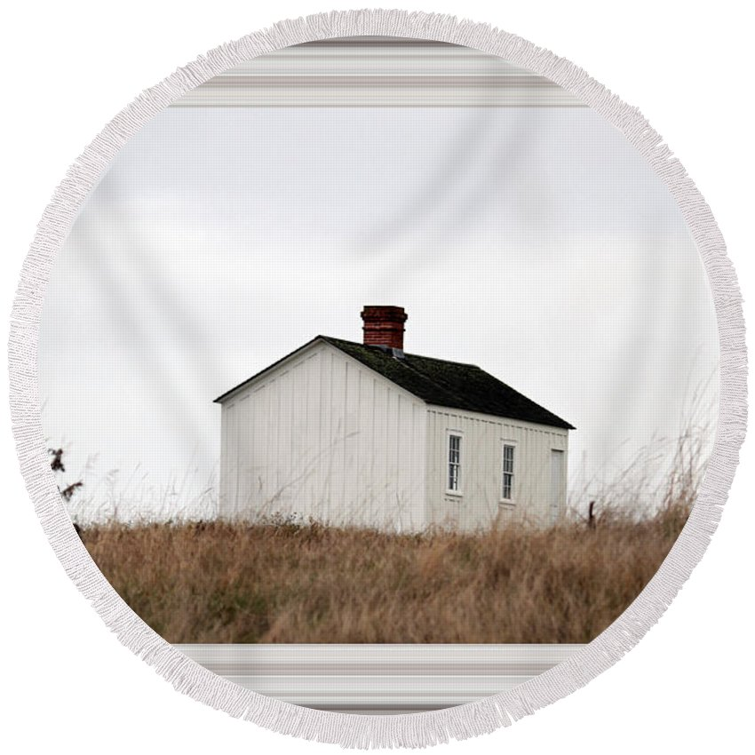 Borderized Laundress Quarters Round Beach Towel featuring the photograph Laundress House At American Camp by Marie Jamieson