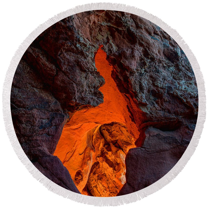 Lava Round Beach Towel featuring the photograph Lava Glow by Chad Dutson
