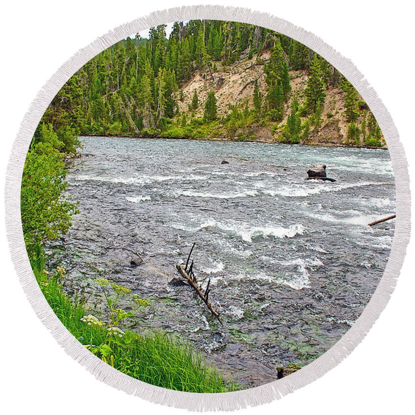 Le Hardy Rapids Of Yellowstone River In Yellowstone National Park Round Beach Towel featuring the photograph Le Hardy Rapids Of Yellowstone River In Yellowstone River In Yellowstone National Park-wyoming  by Ruth Hager