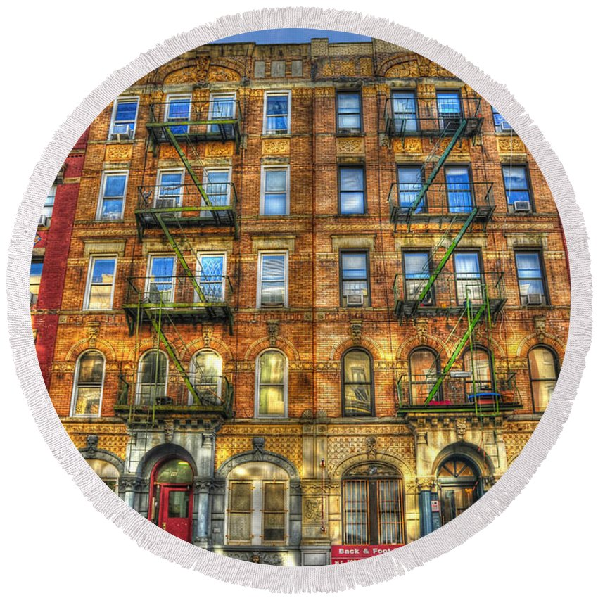 Led Zeppelin Round Beach Towel featuring the photograph Led Zeppelin Physical Graffiti Building in Color by Randy Aveille