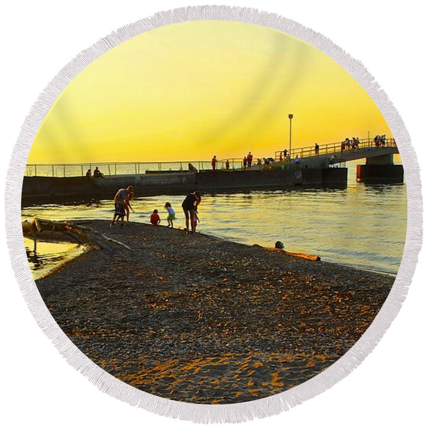Sunset Round Beach Towel featuring the photograph Lifes A Beach by Frozen in Time Fine Art Photography
