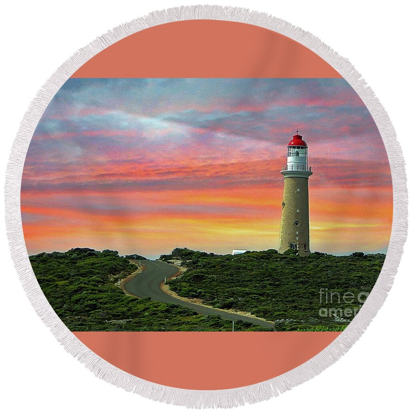 Landscape Round Beach Towel featuring the photograph Lighthouse 2 by Ben Yassa