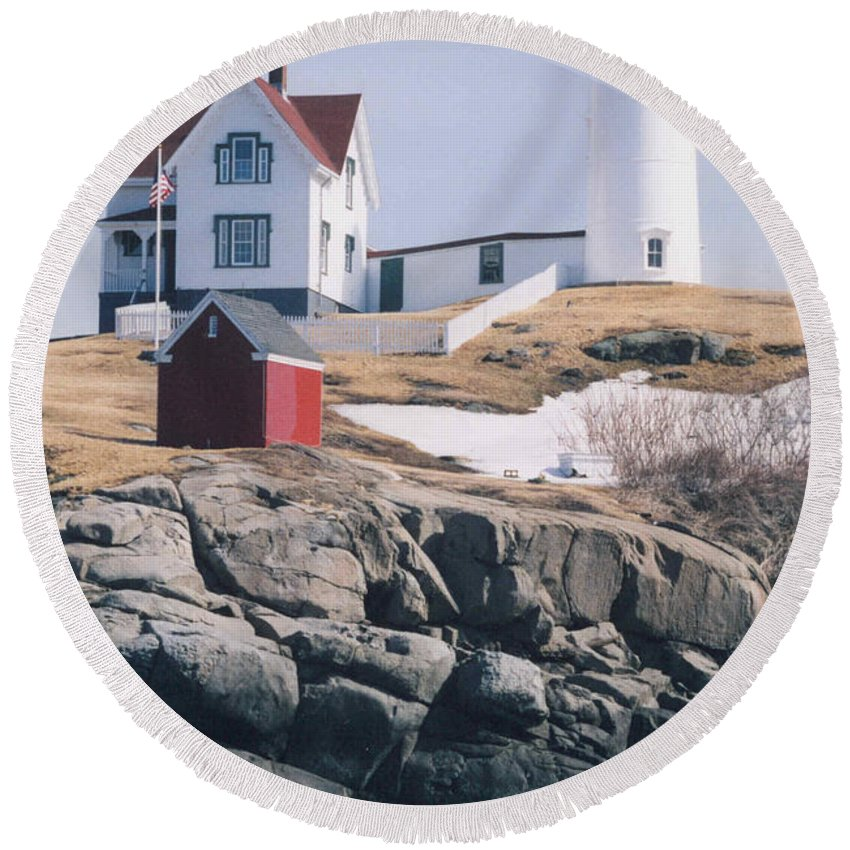 Lighthouse Round Beach Towel featuring the photograph Lighthouse by Jeffery L Bowers