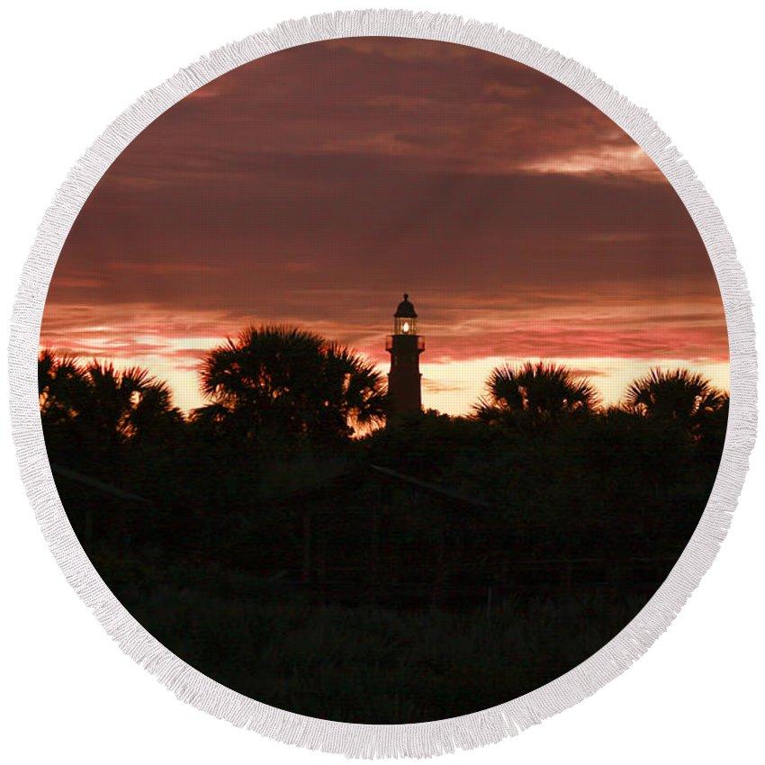 Sunset Round Beach Towel featuring the photograph Lighthouse Sunset by Deborah Benoit