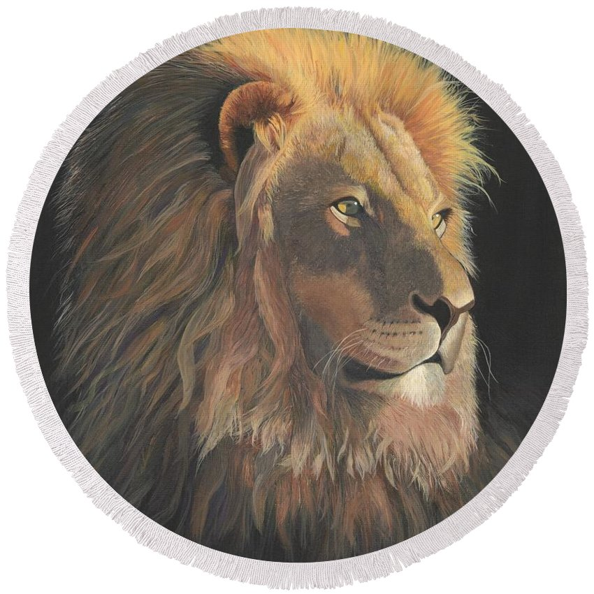 Lion Round Beach Towel featuring the painting Lion Of Judah by Alicia Fowler