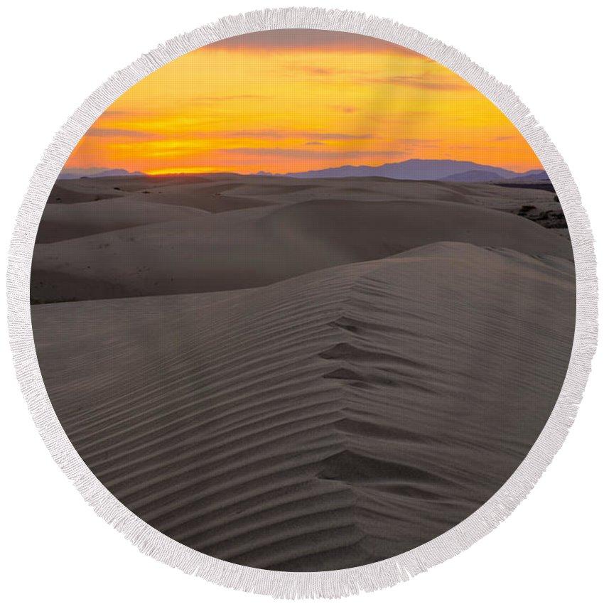 Utah Round Beach Towel featuring the photograph Little Sahara by Dustin LeFevre