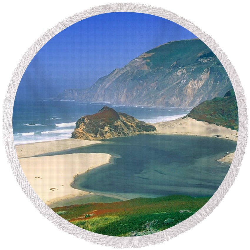 Little Sur River Round Beach Towel featuring the photograph Little Sur River In Big Sur by Charlene Mitchell