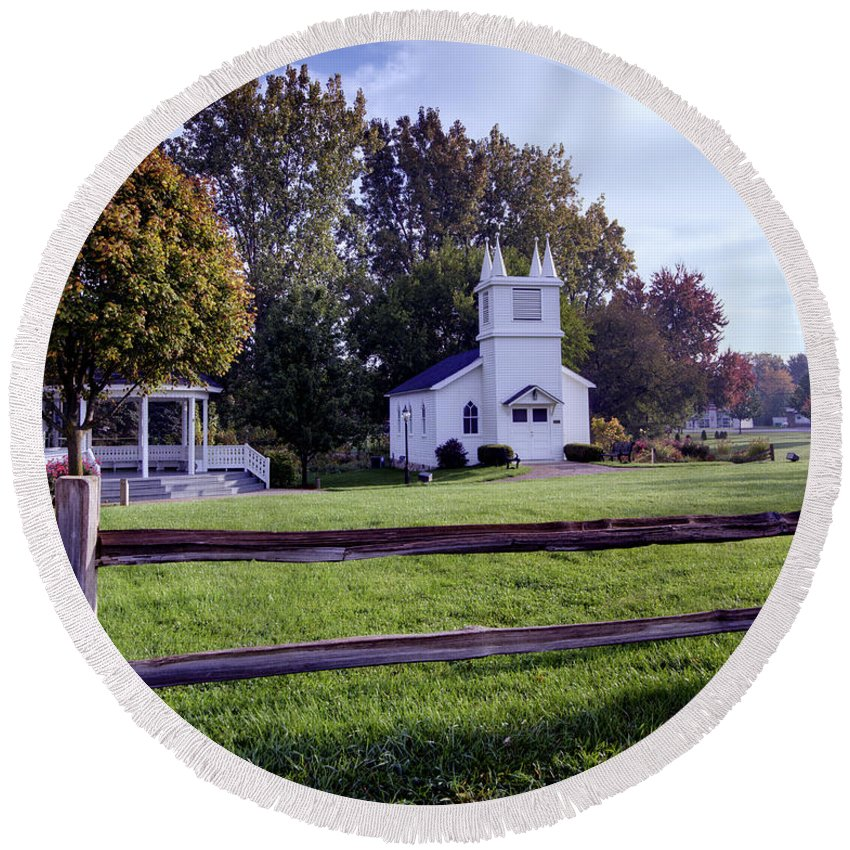 Immanuel Lutheran Church Round Beach Towel featuring the photograph Little Village Chapel Of The Immanuel Lutheran Church by Paul Cannon