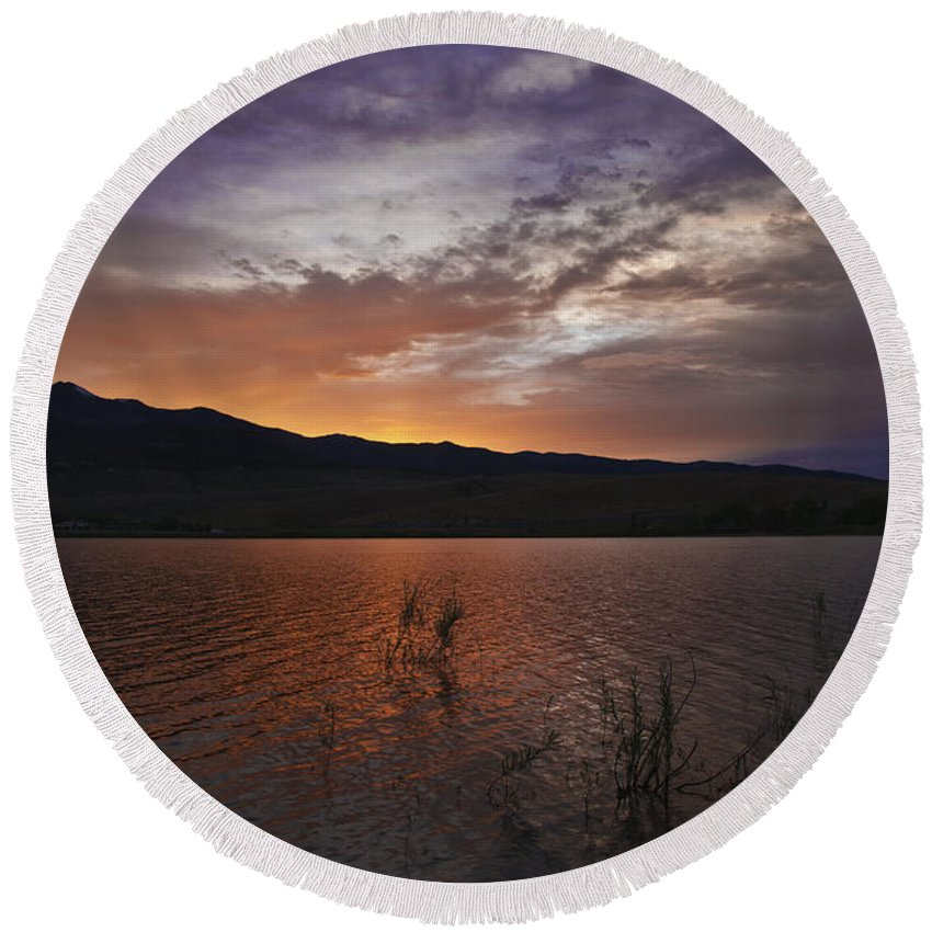 Sky Round Beach Towel featuring the photograph Little Washoe Sunset by Dianne Phelps