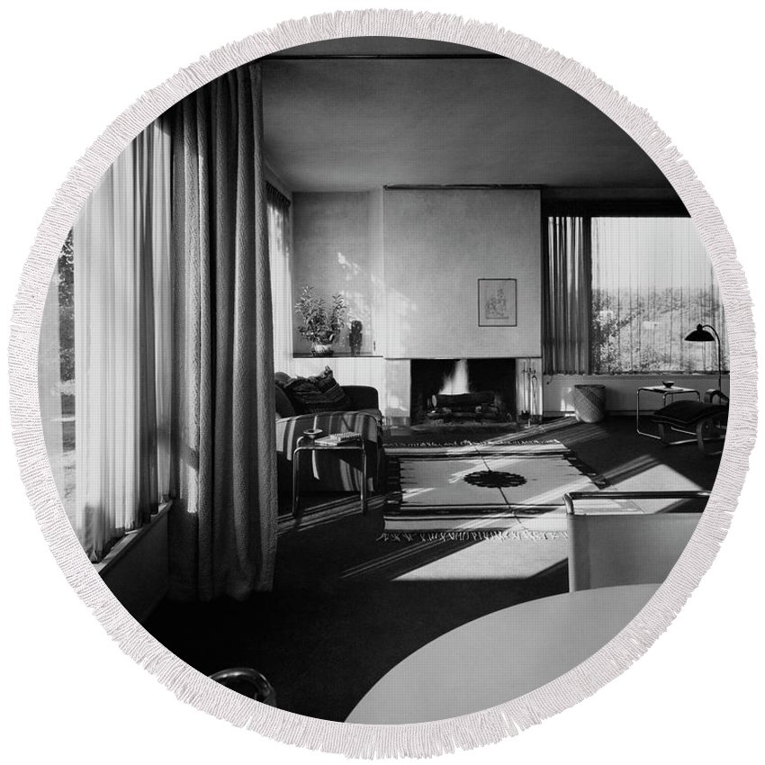 Home Round Beach Towel featuring the photograph Living Room In Mr. And Mrs. Walter Gropius' House by Robert M. Damora