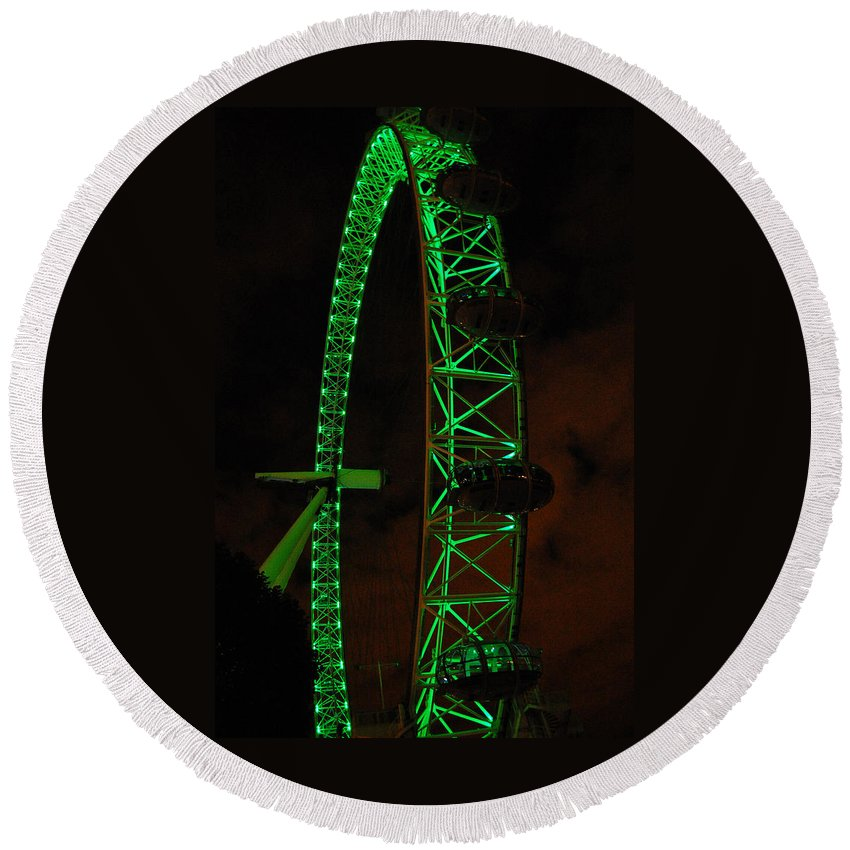 London Eye Round Beach Towel featuring the photograph London Eye At Night by Gina Dsgn