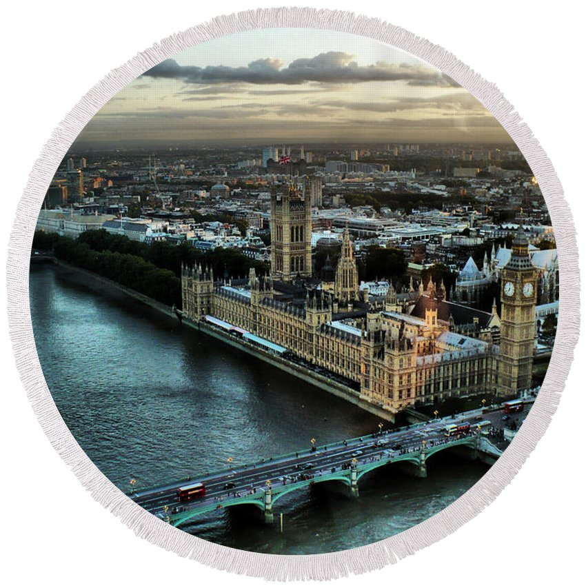 London Photos Round Beach Towel featuring the photograph London - Palace Of Westminster by Justyna JBJart