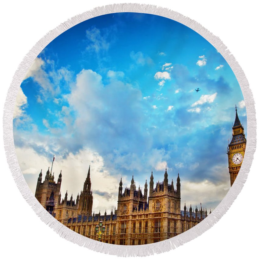 London Round Beach Towel featuring the photograph London Uk Big Ben The Palace Of Westminster by Michal Bednarek