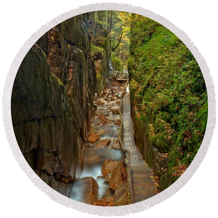 Flume Gorge Round Beach Towel featuring the photograph Looking Down Flume Gorge by Adam Jewell