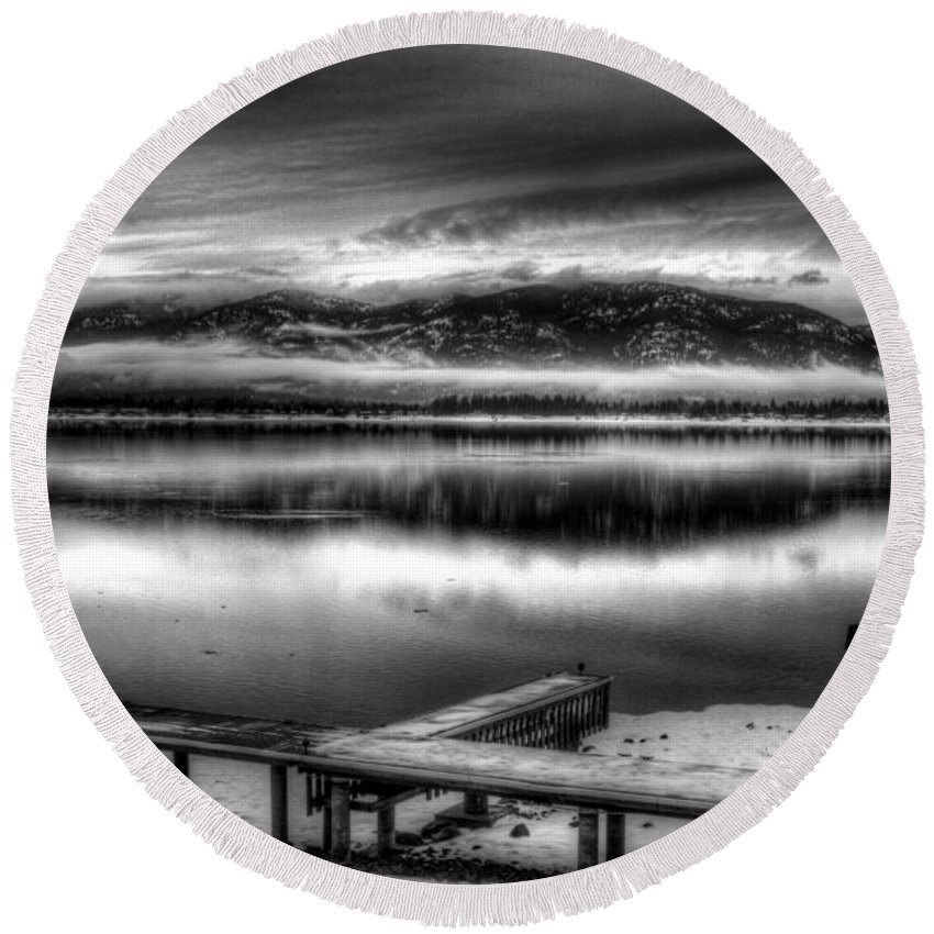 Idaho Round Beach Towel featuring the photograph Looking North From 41 South V3 by Lee Santa
