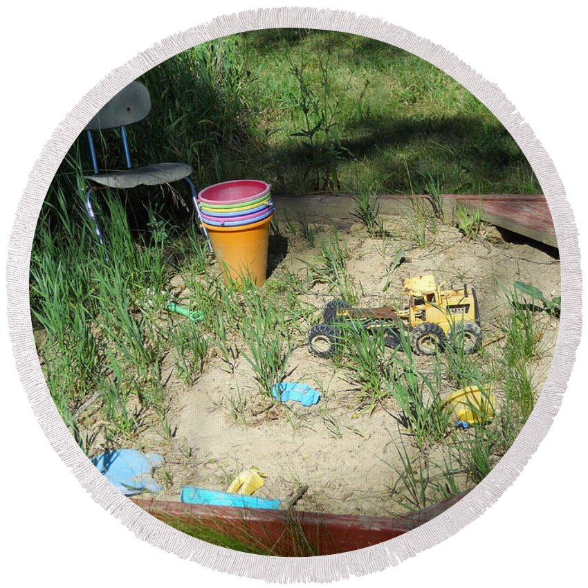 Sandbox Round Beach Towel featuring the photograph Lost In Time by Coleen Harty