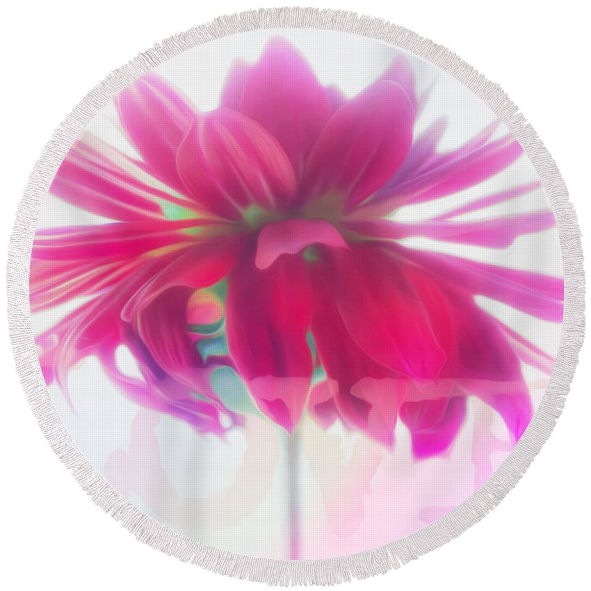 Vibrant Round Beach Towel featuring the photograph Love by Hal Halli