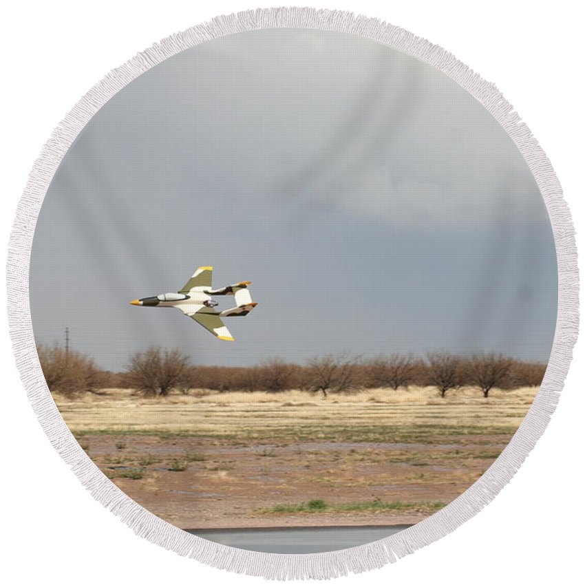 Airplane Round Beach Towel featuring the photograph Low Flyby by David S Reynolds