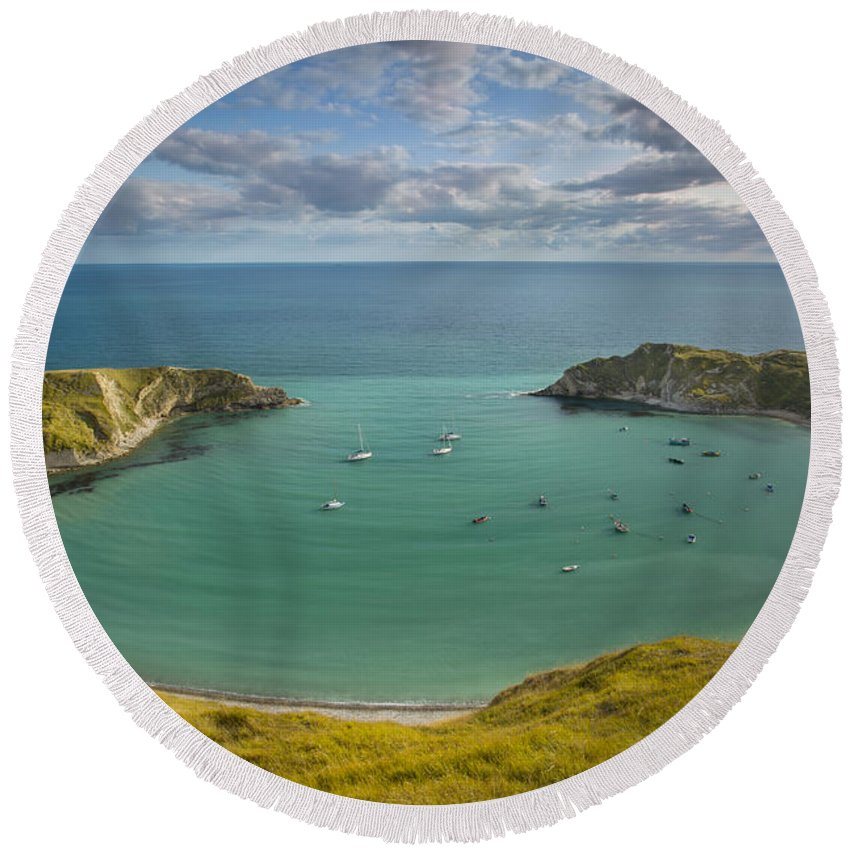 Bay Round Beach Towel featuring the photograph Lulworth Cove Evening by Brian Jannsen