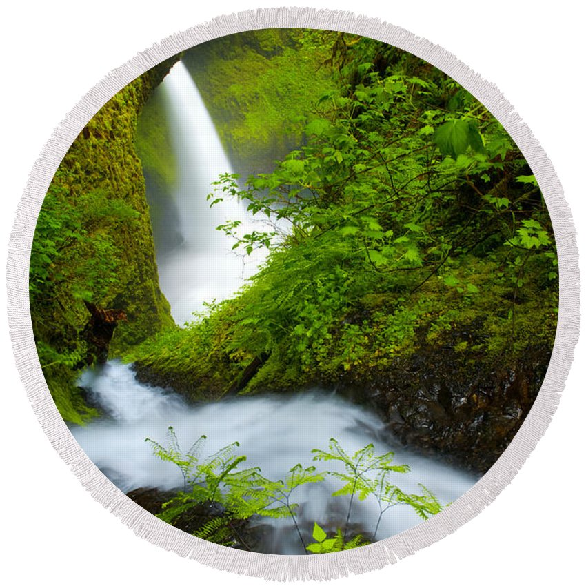 Lush Round Beach Towel featuring the photograph Lush Gorge Falls by Darren White