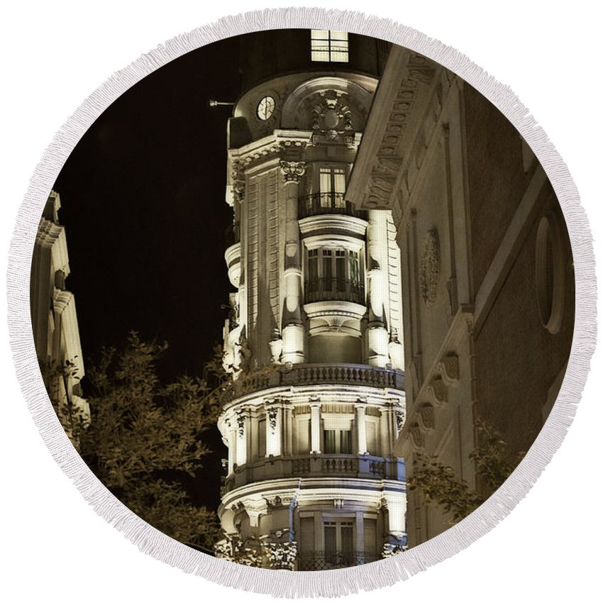 Madrid Round Beach Towel featuring the photograph Madrid At Night by Mary Machare