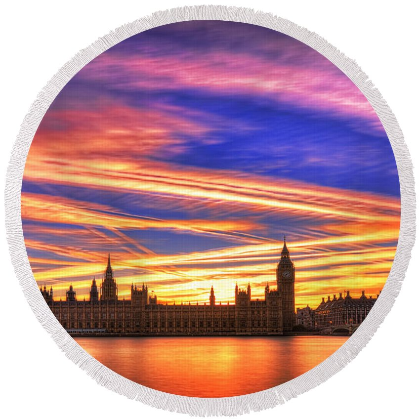 London Round Beach Towel featuring the photograph Magical London by Midori Chan