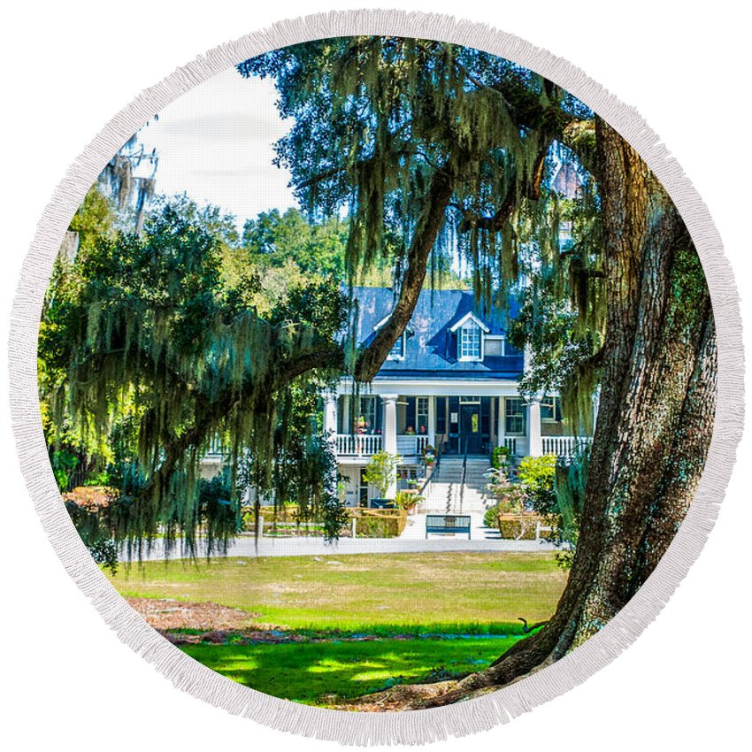 Magnolia Mansion Round Beach Towel featuring the photograph Magnolia Mansion by Optical Playground By MP Ray