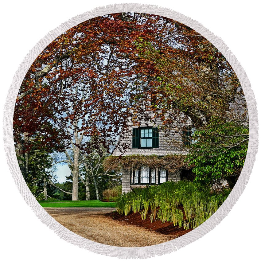 Cottage Round Beach Towel featuring the photograph Maine Cottage In Spring by Laura Mace Rand
