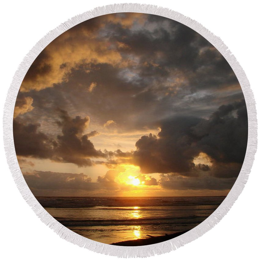 Sunset Round Beach Towel featuring the photograph Majestic Sunset by Athena Mckinzie