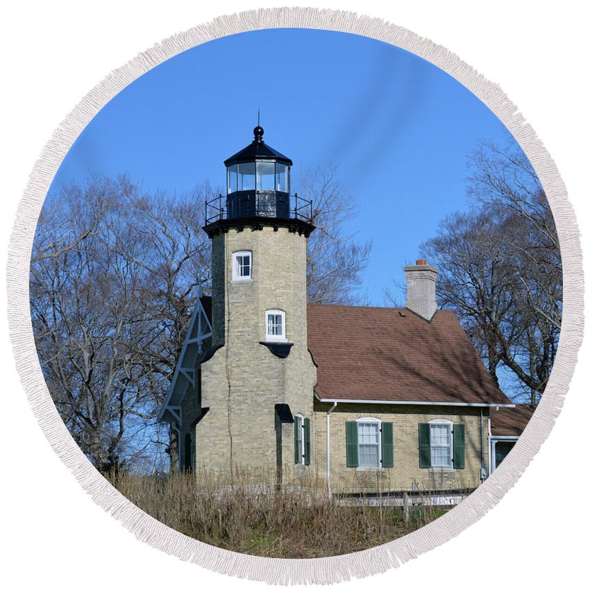 White River Lighthouse Round Beach Towel featuring the photograph Majestic Light by Linda Kerkau
