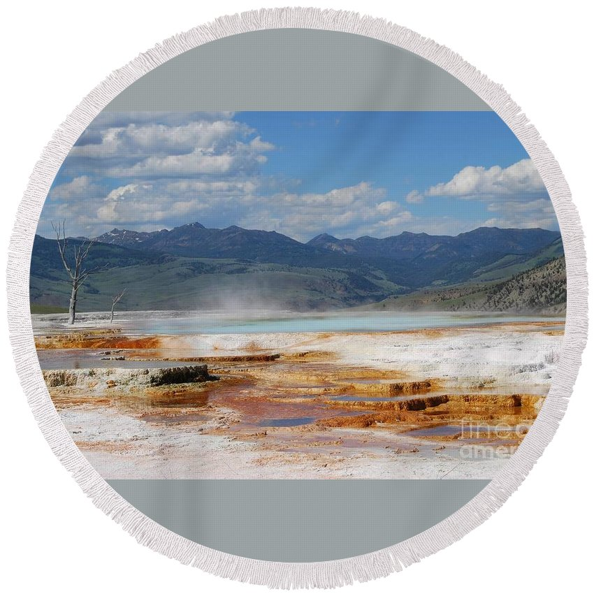 Hot Springs Round Beach Towel featuring the photograph Mammoth Views by Deanna Cagle