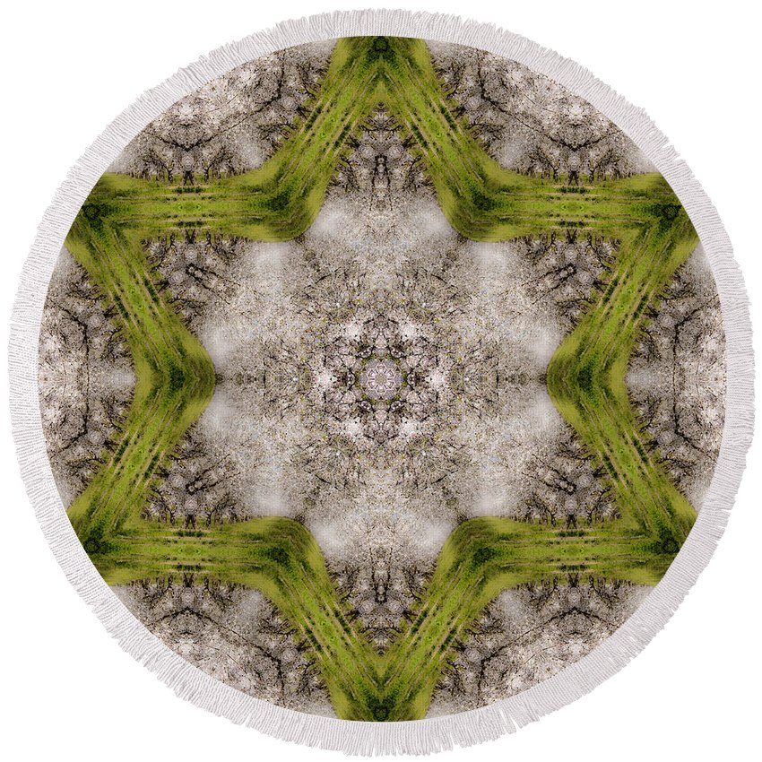 Round Beach Towel featuring the photograph Mandala85 by Lee Santa