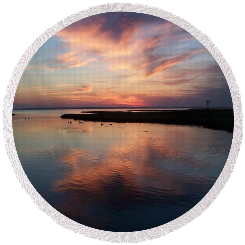 Maryland Round Beach Towel featuring the photograph Maryland Sunset by Eric Schiabor
