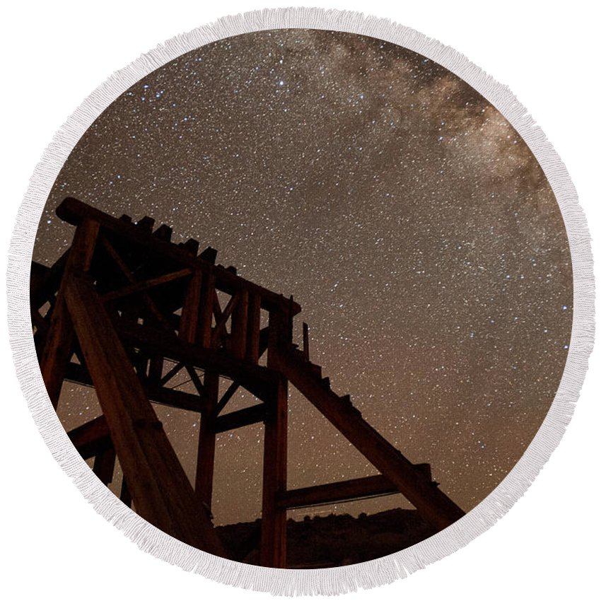 Night Round Beach Towel featuring the photograph Meteor At Bodie by Cat Connor