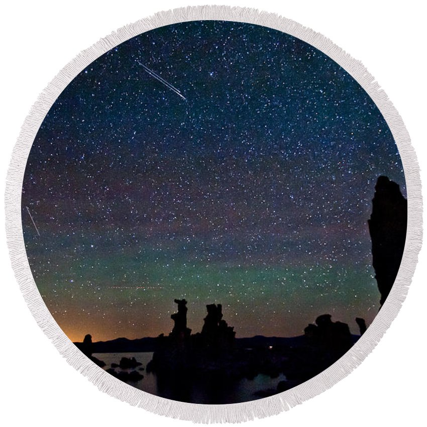 Night Round Beach Towel featuring the photograph Meteors Over Mono Lake by Cat Connor