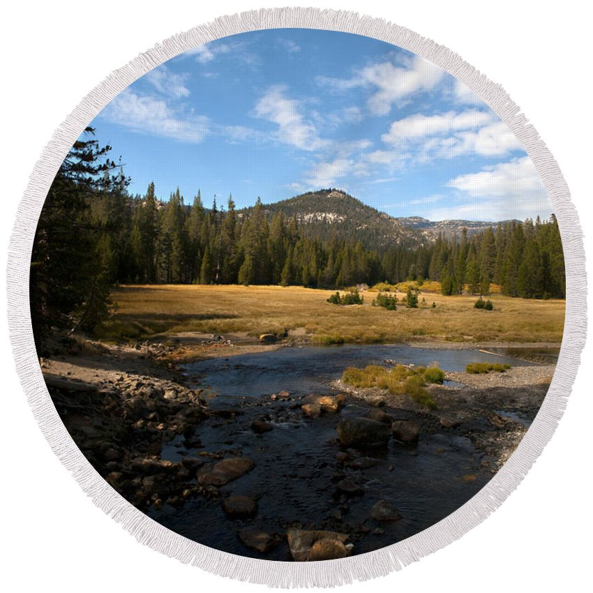 San Joaquin River Round Beach Towel featuring the photograph Middle Fork Of The San Joaquin River by Joe Schofield